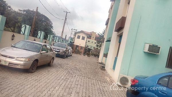 2 Bedroom Furnished and Serviced Flat in a Gated Estate., Sabo Mokola Ibadan., Ibadan, Oyo, Flat for Rent