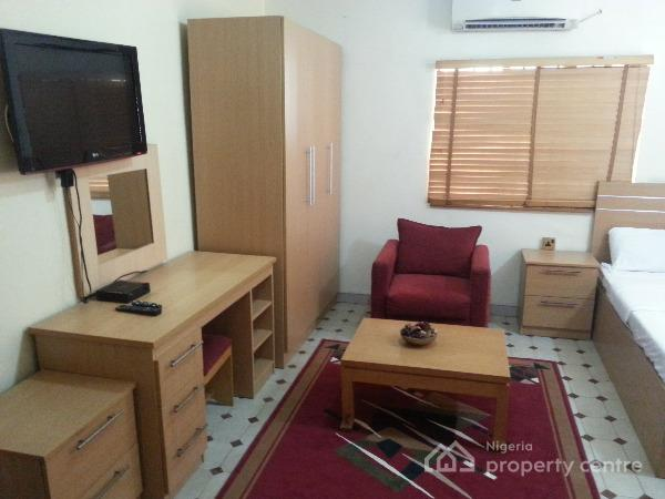 Short Let Well Furnished And Finished Single Room