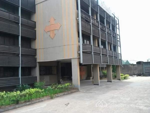 Filling Station, Along  Federal Road, Otukpo Lga, Makurdi, Benue, Filling Station for Sale