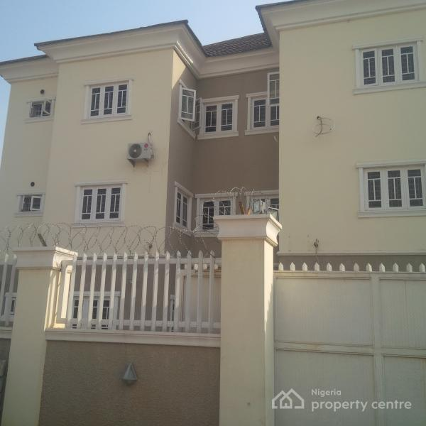 For Rent: Luxury Finished & Spacious 3 Bedroom, Off