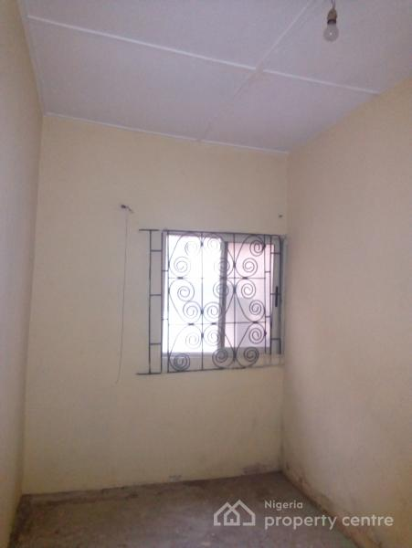 Portable 2 Bedroom, Akoka, Yaba, Lagos, Flat for Rent