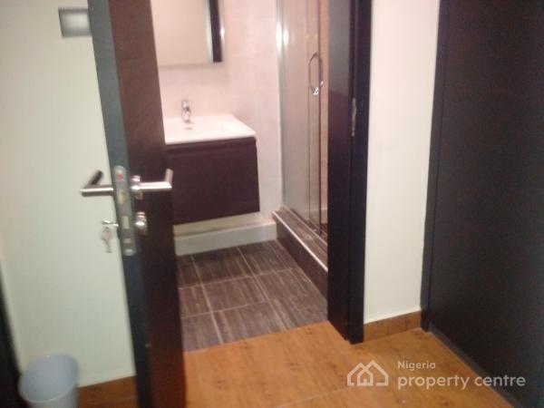 Luxury and Serviced 3 Bedroom Flat, Off Admiralty Road, Lekki Phase 1, Lekki, Lagos, Flat Short Let