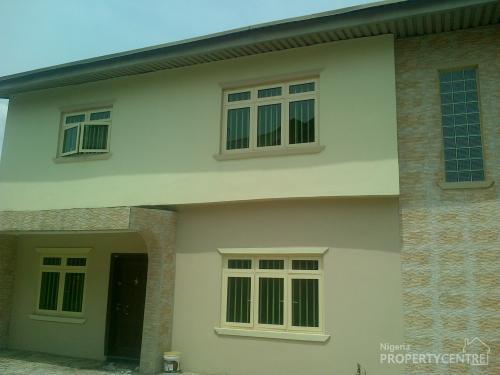 Bedroom Duplex With 2 Rooms Bq @ Magodo Shangisha for sale Ref ...