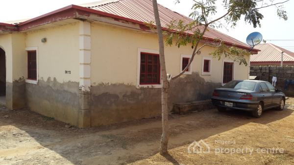 2 Bedroom Bungalow, 14, Kaduna Road Trademoore Estate, Lugbe District, Abuja, Semi-detached Bungalow for Sale