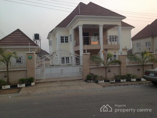 Umrah Banner: 4 Bedroom Houses For Sale In Life Camp, Gwarinpa, Abuja