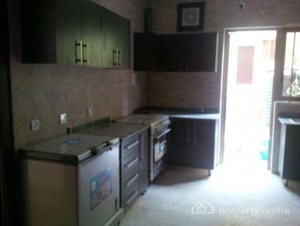 Luxury 4 Bedroom with Bq, Just By The Regent School, Maitama District, Abuja, Terraced Duplex for Sale