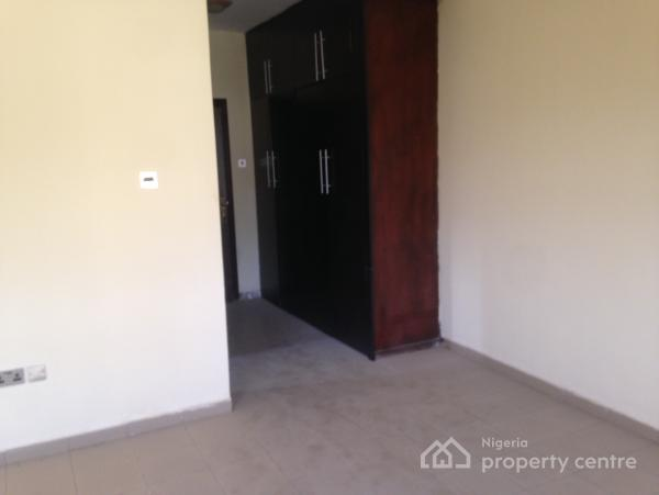 Nicely Finished and Spacious 4 Bedroom Flat with Boys Quarter, Off Gimbya Road, Garki, Abuja, Self Contained (single Room) for Rent