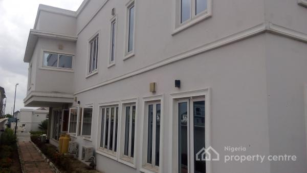 For sale 5 bedroom detached house bq american design for Nigeria window design