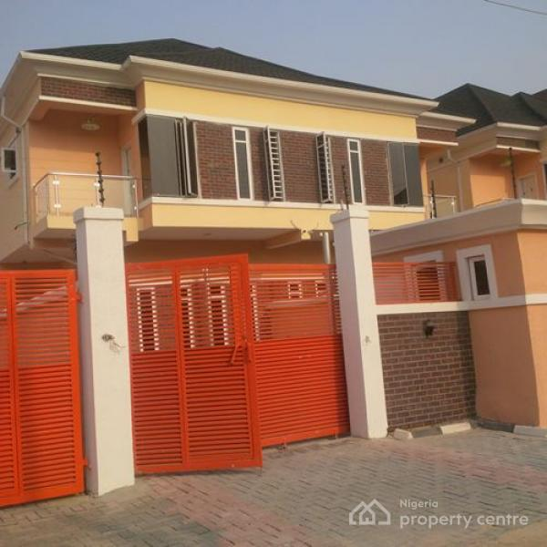 Duplex Housing For Rent: For Rent: 4 Bedroom Duplex With Bq, Chevy View Estate