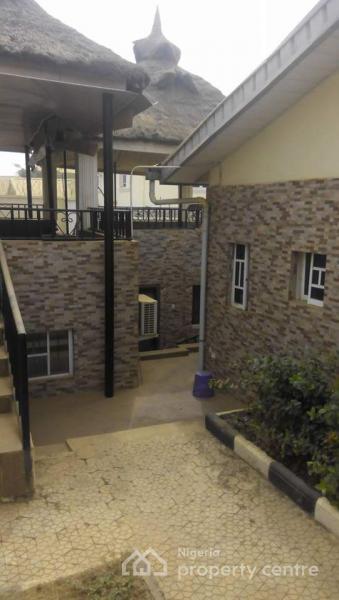 Exquisite 7 Bedroom Duplex with 2 Bedroom Bq, Sunnyvale Estate, Dakwo, Abuja, Detached Duplex for Sale