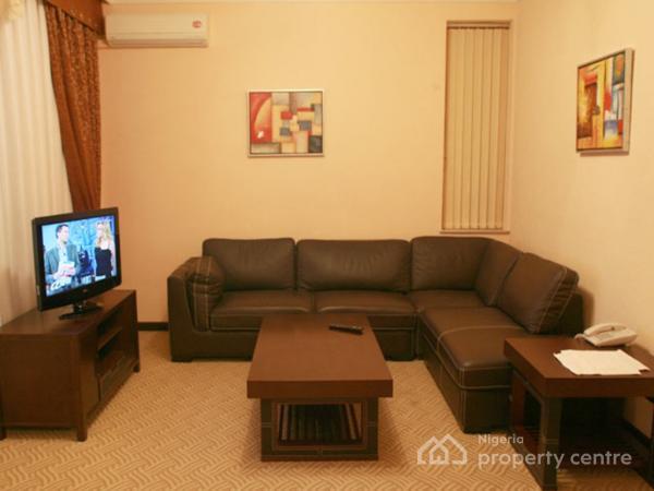 Short Let Tastefully Furnished 4 Bedroom Apartment Lekki