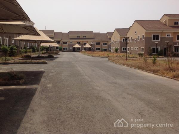 Umrah Banner: Flats, Houses & Land In Life Camp, Gwarinpa, Abuja