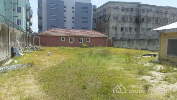 a Plot and Half with 2 Bedroom Bungalow, Ikate Elegushi, Lekki, Lagos, Mixed-use Land for Rent