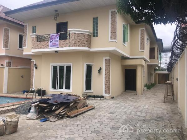 For rent 5 bedroom detached house with two rooms servant Houses with swimming pools for rent