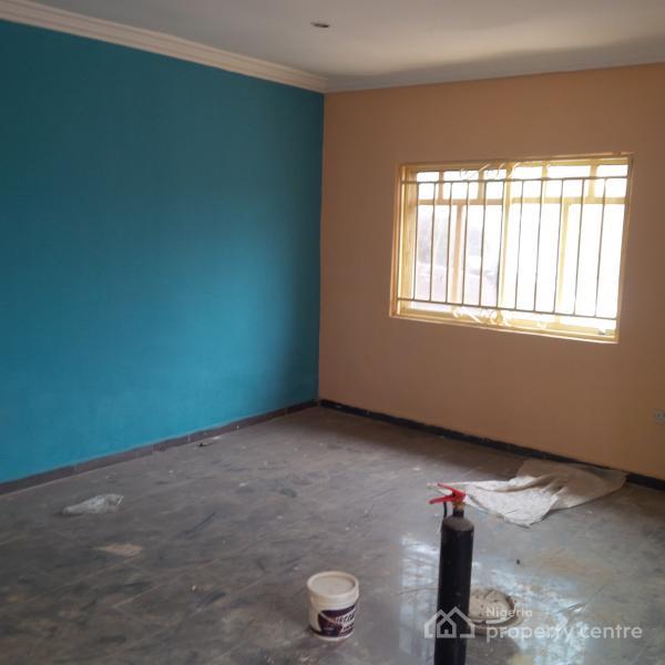 3 Bedroom Rentals Near Me: For Rent: 3 Bedroom Flat , Private Estate Near Berger