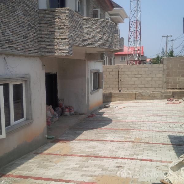 Duplex Housing For Rent: For Rent: 3 Bedroom Duplex, Shangisha Phase 2, GRA, Magodo