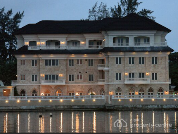 For sale architectural masterpiece hotel italian concept for Houses for sale with suites