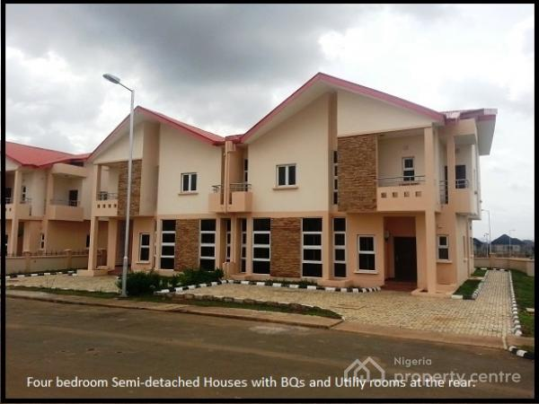 For sale 4 bedroom semi detached house 1 room bq apo for 1 room house for sale