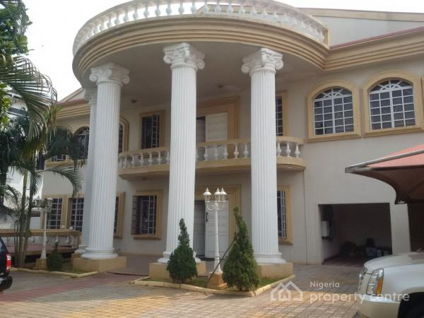 For sale luxury 6 bedroom mansion with a penthouse 4 bq for Mansions in nigeria for sale