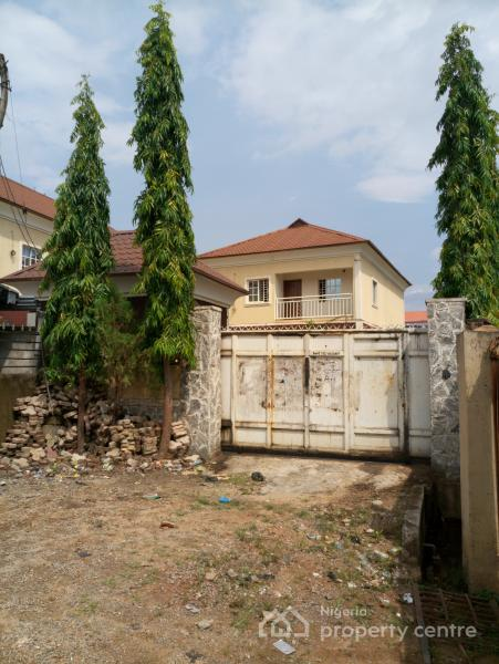 For sale 4 units of 4 bedroom duplex behind stanbic ibtc for Duplex units
