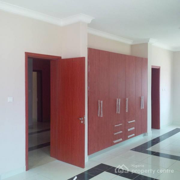 For Rent: Exquisitely Built Brand New 4 Bedroom Fully
