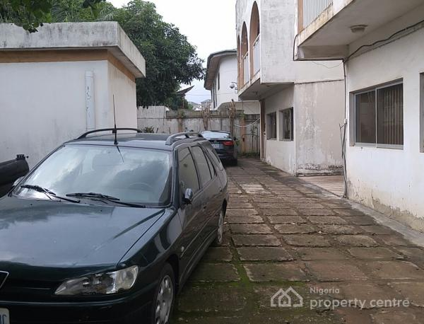 Well Located Two Wings of 4 Bedroom Semi-detached Duplex with Boys Quarters, Off Ibrahim Babangida Boulevard, Maitama District, Abuja, Semi-detached Duplex for Sale