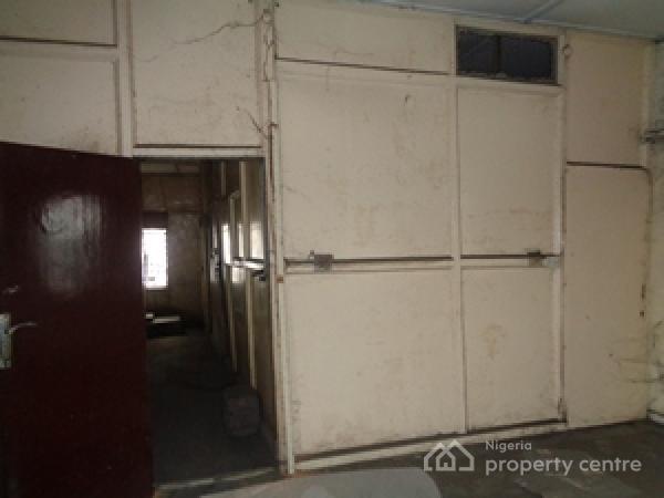 2 Storey Building  at Odulami Street, Lagos Island, Odunlami Street, C.m.s, Lagos Island, Lagos, Office Space for Rent