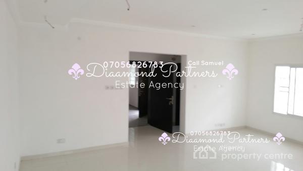 2 Bedroom Flat Lekki Phase One, Lekki, Lagos, Flat for Rent