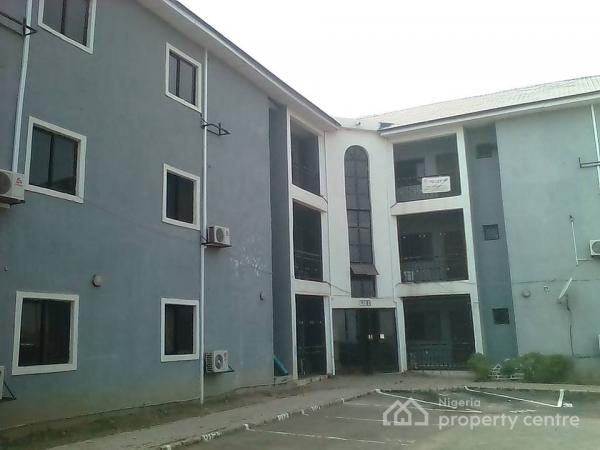 Luxurious Four Bedroom Flat with Servant Quarters, Union Homes/wilbahi Estate, By Airport Road, Kukwuaba, Abuja, Flat for Rent