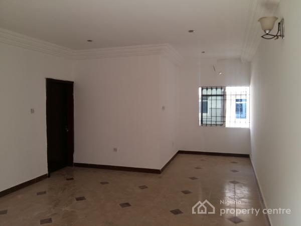 2 Bedroom Flat in a Mini Estate, Crd Layout, Behind Amac Market, Lugbe Layout 1, Lugbe District, Abuja, Flat for Rent