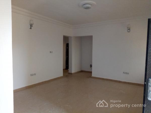 Three Bedroom Flat, Fara Park Road, Sangotedo, Ajah, Lagos, Flat for Rent