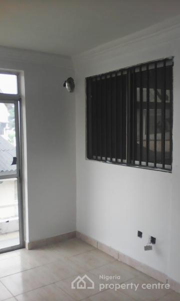 For Rent: One Room Office Space (upper Floor), Lekki Phase 1 ...