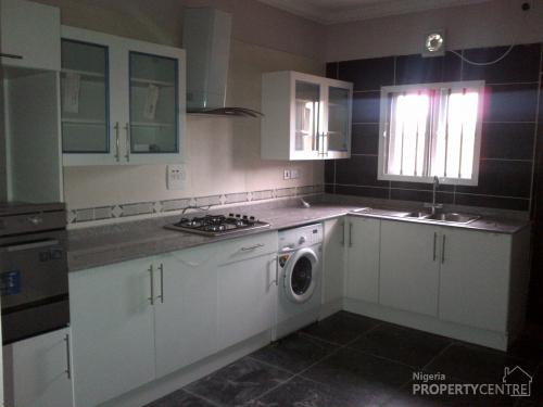 For sale very beautiful 4 bedroom town house off ajiran for Kitchen designs in nigeria