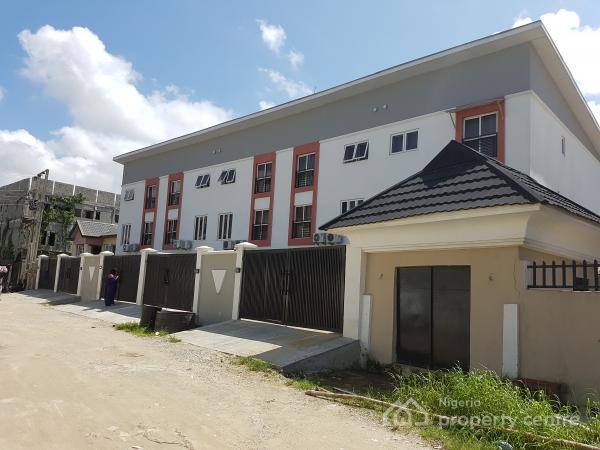 For Sale 4 Bedroom Townhouse Osapa Lekki Lagos 4 Beds 4 Baths Ref 187987