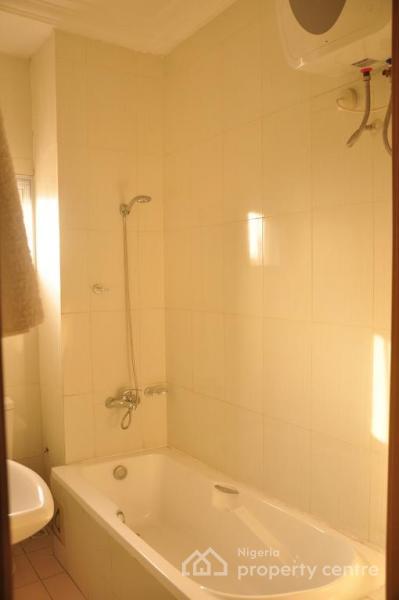 an Elegantly Classic 2 Bedroom Flat with State of The Art Finishing & Topnotch Facilities, Rivtaf Golf Estate, Trans Amadi, Amadi-ama, Port Harcourt, Rivers, Flat Short Let