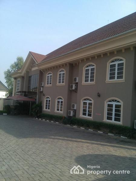 Hotels guest houses for sale in gwarinpa abuja nigeria for Houses for sale with guest house on property