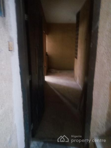 All Ensuit 4 Bedroom Flat, Aguda, Surulere, Lagos, Block of Flats for Sale