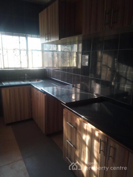 For rent luxury 2 bedroom flat with fitted kitchen for 2 kitchen house for rent