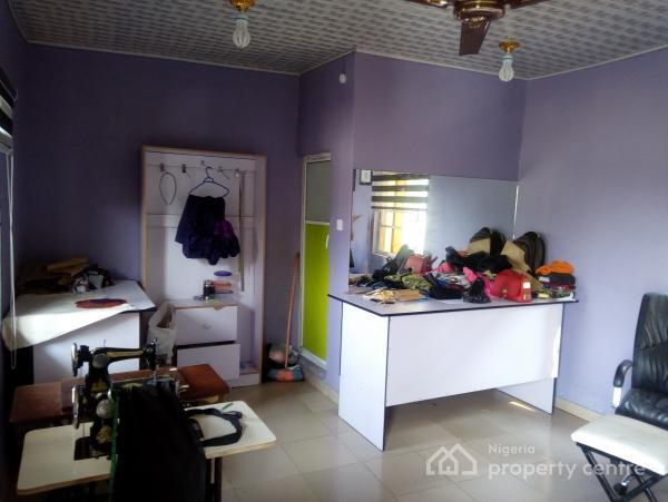 a Lovely Big Shop @ Akoka Yaba Close to Unilag, Close to Unilag, Akoka, Yaba, Lagos, Plaza / Complex / Mall for Rent