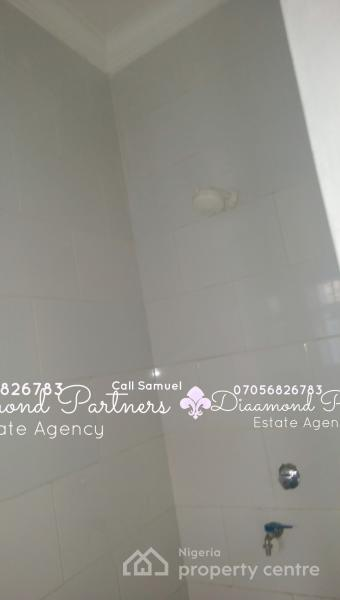 Self Contain Serviced Lekki Phase 1, Off Admiralty Way, Lekki Phase 1, Lekki, Lagos, Self Contained (studio) Flat for Rent