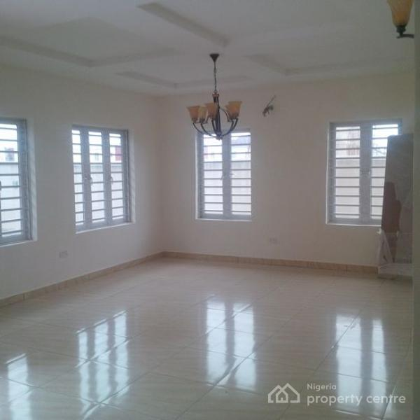 4 Bedroom Terrace Duplex, Lafiaji, Lekki, Lagos, Terraced Duplex for Sale