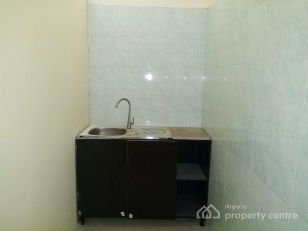 Self Contained Executive Studio Flat, African Lane, Lekki Phase 1, Lekki, Lagos, Self Contained (studio) Flat for Rent
