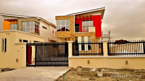 For Rent Pinnock Beach Estate A 5 Bedroom Detached House