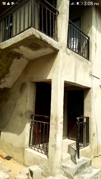 a Mini Flat (upstairs), Behind Ajiwe Police Station, Thomas Estate, Ajah, Lagos, Mini Flat for Rent