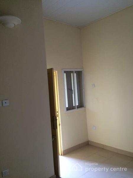 Luxury Self Contained Rooms with Private Toilet/bath, Balcony and Kitchen, Bristol Close, Off Afikpo Str, Idaw River Layout, Achara Layout, Enugu, Enugu, Self Contained (single Rooms) for Rent