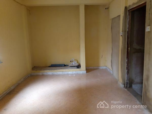 Lovely and Spacious Room Self Contained, Olonade, Alagomeji, Yaba, Lagos, Self Contained (studio) Flat for Rent