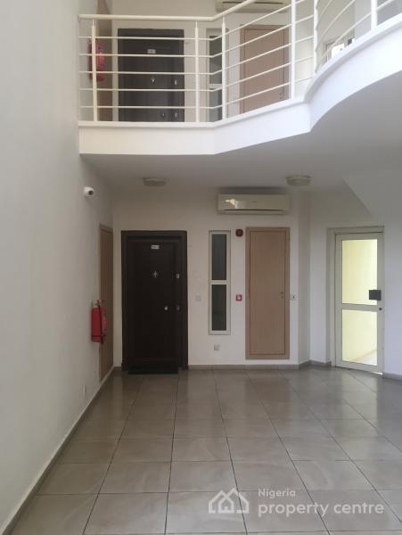 3 Bedroom Serviced Apartment with Bq and a Swimming Pool, New Market Road, Oniru, Victoria Island (vi), Lagos, Flat for Rent