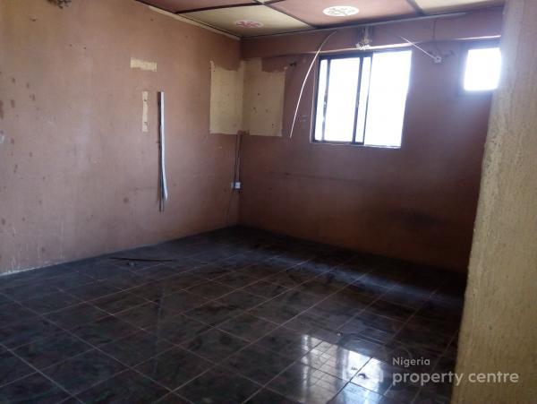 Lovely Spacious Mini, Adekunle, Yaba, Lagos, Mini Flat for Rent