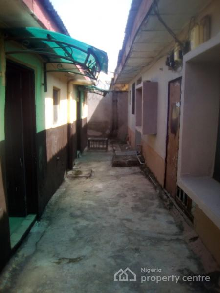 Twin Self Contained Apartment, Block 3, Flat 1, Mubende Street, Off Tamale Street, Zone 3, Wuse, Abuja, Self Contained (single Rooms) for Rent