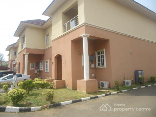 4 Bedroom + Bq in an Estate, Jabi, Abuja, Terraced Duplex for Rent